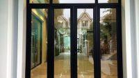 Cửa nhôm kính Việt Đức giá bao nhiêu 1m2?